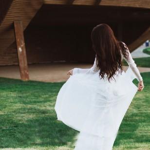 Vestido Longo Branco Reveillon Manga Flare Ref 7408
