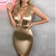 Vestido Curto Dourado de Festa Decote em V Ref 7718